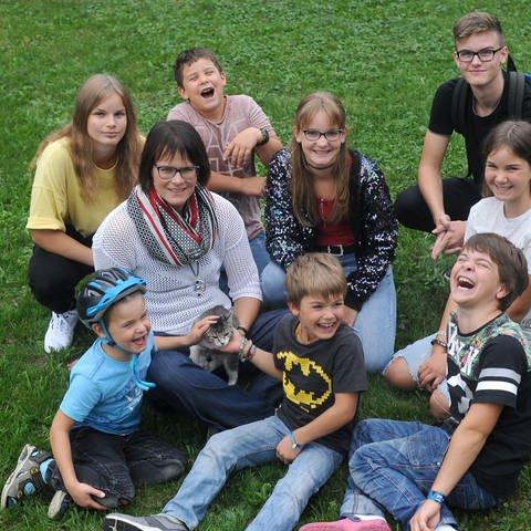 Ruth Wagner mit ihren Kindern (Foto: Herzenssache)